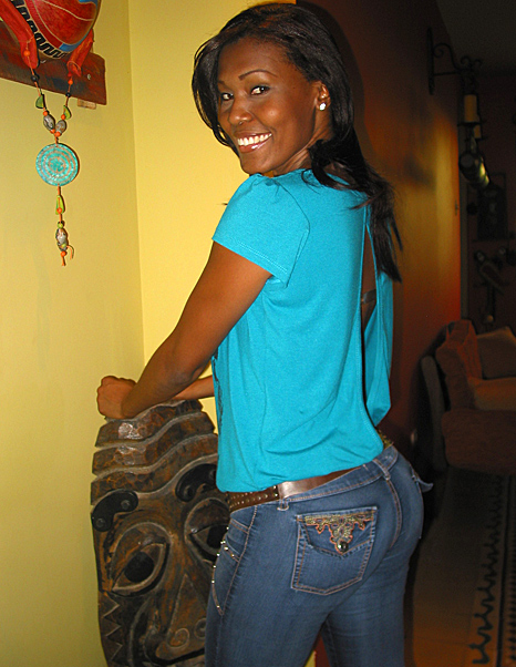 Samples of the types of beautiful Latin women you will meet during our romance tour