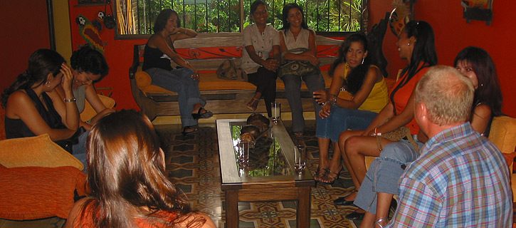 One man meeting 14 Colombian women during a private romance tour
